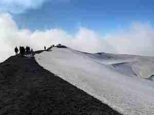 etna tour with snow