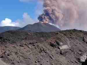 etna eruption august 2018